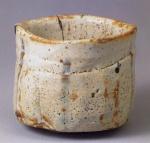志野茶碗『卯花墻』 ◎11.6cm.d.△9.8cm.h. [ 国宝 ] 三井文庫蔵 ③